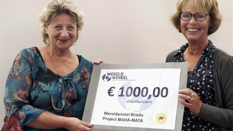 1000 euro voor Stichting Maha Mata