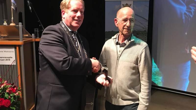 Pieter van Strien ontvangt Ereprijs Westvoorne