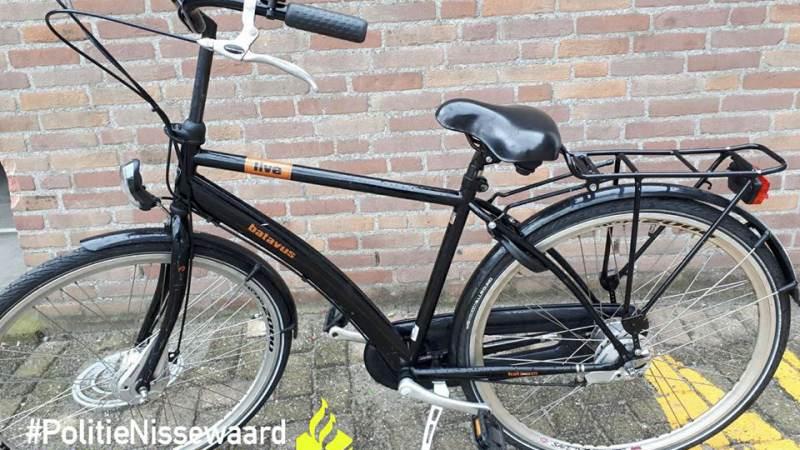 Helers aangehouden, wie herkent zijn fiets?