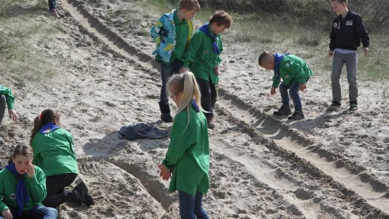Strand weer schoon dankzij Scouting Hellevoetsluis