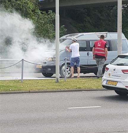 Autobrand op de Heemraadlaan in Spijkenisse