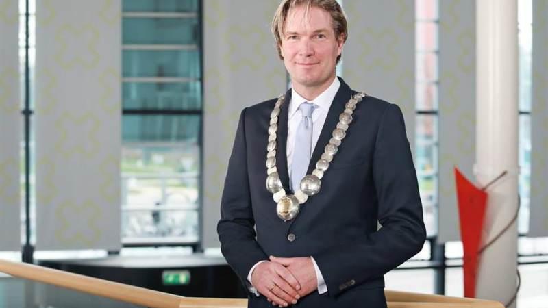 Burgemeester Van Oosten te gast bij LINQ