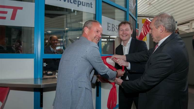 Servicepunt Metro Spijkenisse officieel geopend
