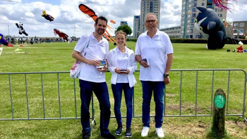 Nissewaard Lokaal aanwezig op Vliegerfestival