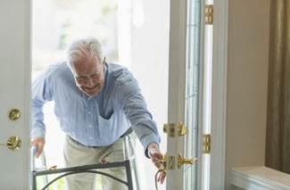 Uitvoeringsprogramma ouderen overhandigd