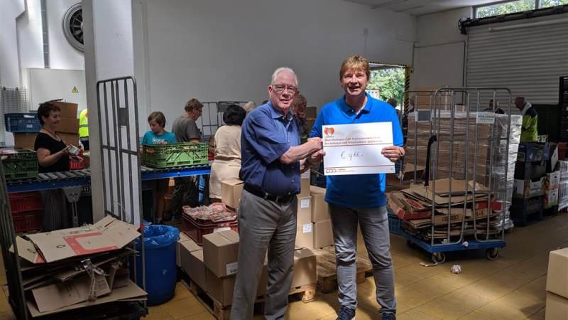 Donatie CAA voor Voedselbank Spijkenisse