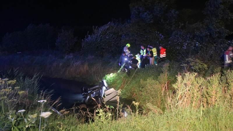 Slachtoffer gereanimeerd na auto te water