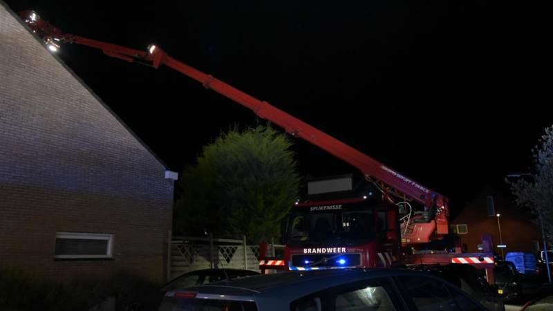 Flinke rookontwikkeling bij brand op zolder