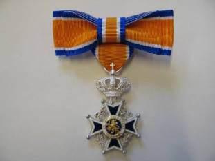 Koninklijke Onderscheiding voor dhr. Van der Waag