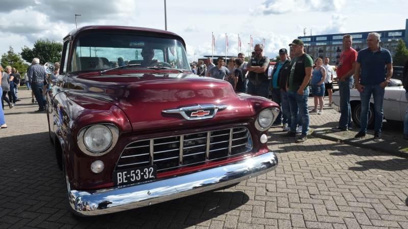 American Cars & Classics op het Woordbouwerplein