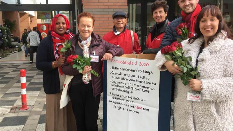 PvdA in gesprek op Winkelcentrum Akkerhof