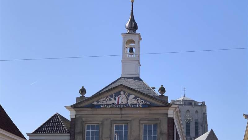 Start restauratie toren stadhuis Brielle