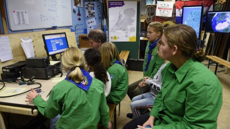 Jaarlijkse JOTA-JOTI bij Scouting Hellevoetsluis