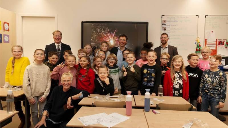 Gratis vuurwerkbrillen voor scholieren Westvoorne