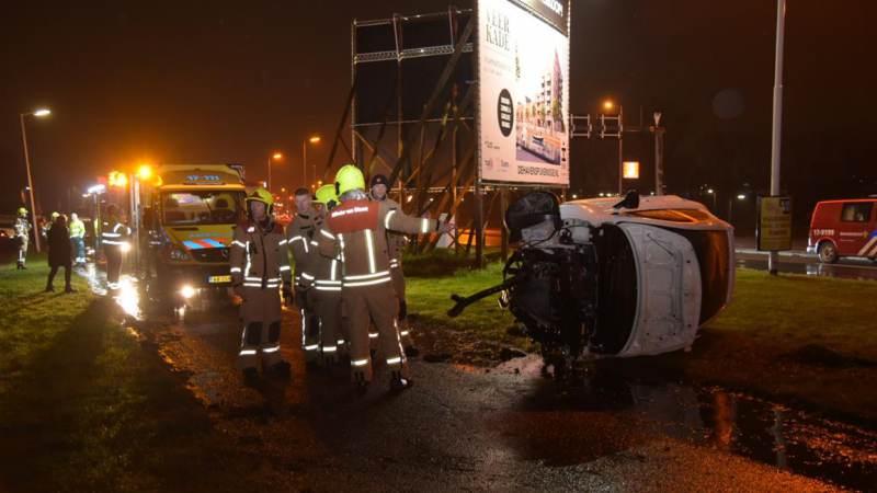 Drie gewonden na flinke aanrijding met meerdere auto's