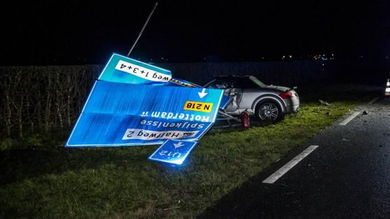 Flinke schade na aanrijding met twee auto's