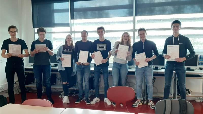 Maerlant-leerlingen doen Cambridge-examens