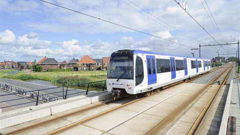 RET schrapt extra spitsritten metro per 26 oktober