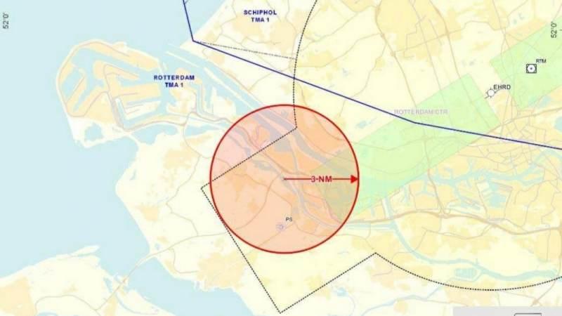 Grote oefening van de luchtmacht boven de regio