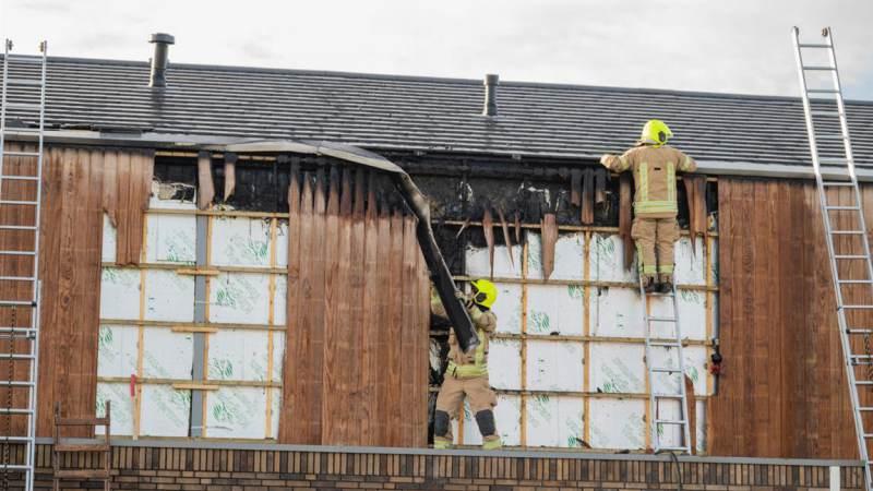 Brandweer rukt uit voor dakbrand